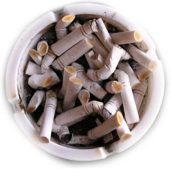 kad draudimas rūkyti viešose vietose įsigaliotų jau šią vasarą
