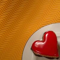 Meilė kibina širdį