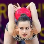 Gimnastė popscenoje