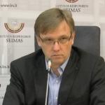 """Zigmas Vaišvila: """"Pagarbos Konstitucijai pragiedruliai"""""""