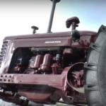 Minsko traktoriai, kur dėmesio centre – žmogus. Baltarusija.