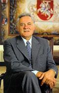 Pirmajame Prezidento rinkimų ture laimėjo V.Adamkus ir K.Prunskienė