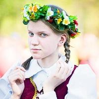 Apie lietuvių tapatybę ir moterų ištikimybę vyrams