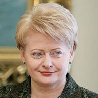 D.Grybauskaitė - patyrusi kailių išdirbėja