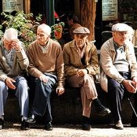 Įteisinta pensijų vagystė