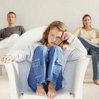 Kokį pėdsaką tėvų skyrybos palieka vaikams