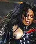 Džanet Džekson krūtinė amerikiečius jaudina labiau