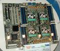 CeBIT 2005: TYAN pristatė 8 procesorius turinčią sistemą
