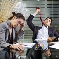 Niurzgos bendradarbiai pripažinti didžiausiu darbo trukdžiu