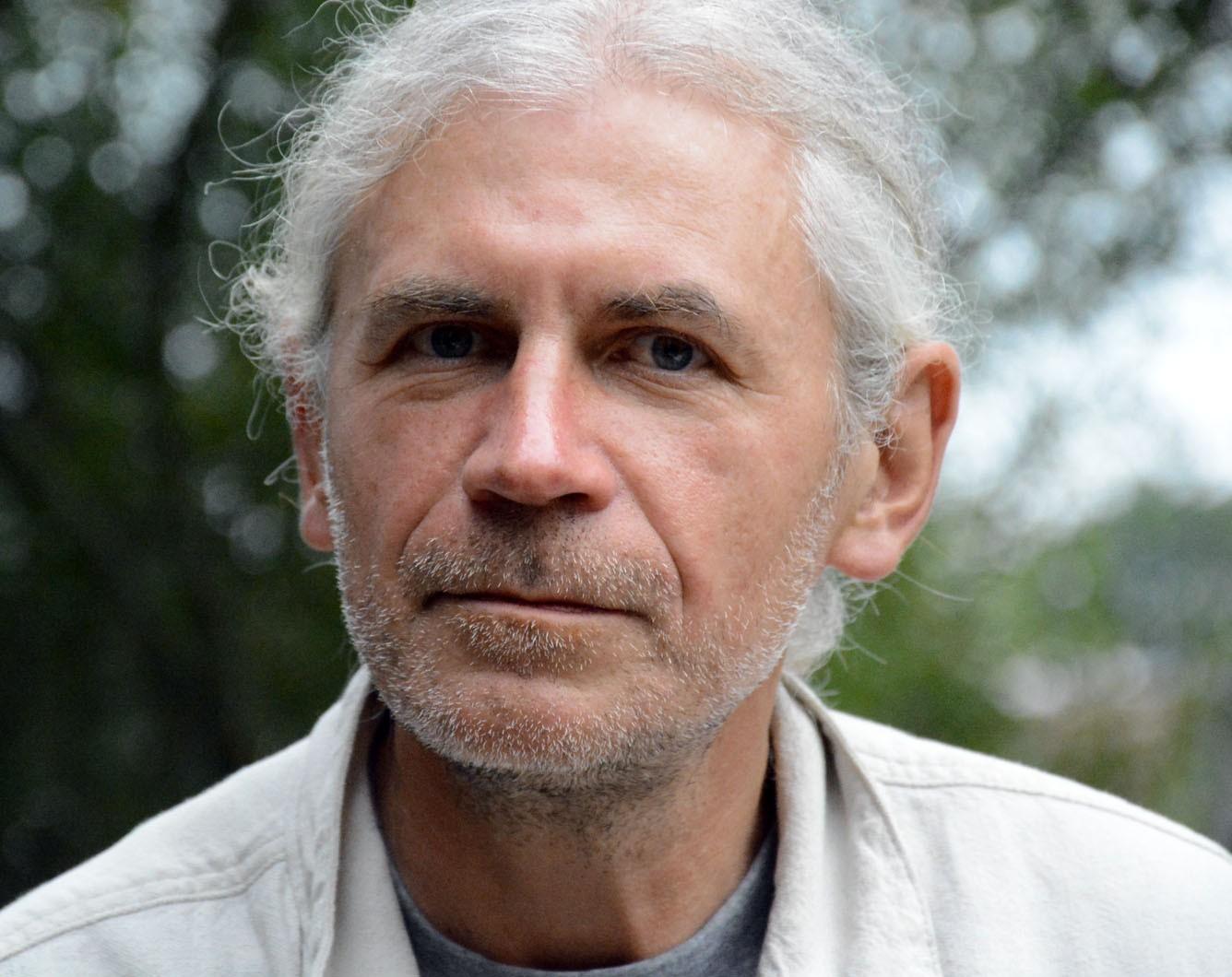 Dr. Dainius Razauskas