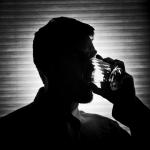 Alkoholizmas – ne tik geriančio žmogaus, bet ir visos jo šeimos liga