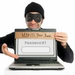 """Duomenų medžiotojai nusitaikė į ukrainiečius """"Privataus banko"""" klientus"""