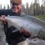 Leidžiama žvejoti lašišines žuvis