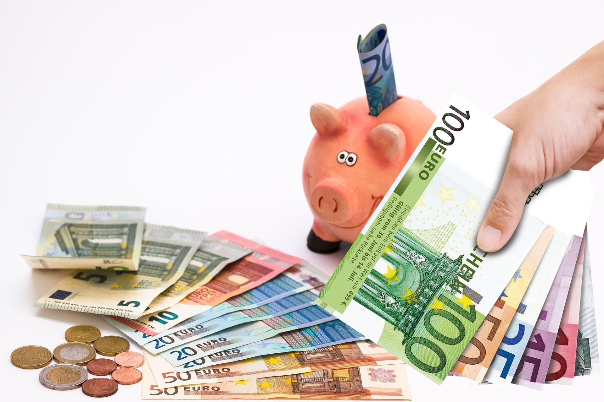 pinigai reikalingi prekybai opcionais)